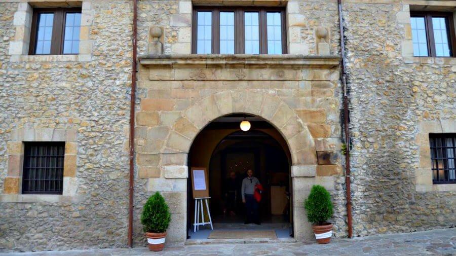 Albergue El Convento, Santillana del Mar (Cantabria) - Camino del Norte :: Albergues del Camino de Santiago
