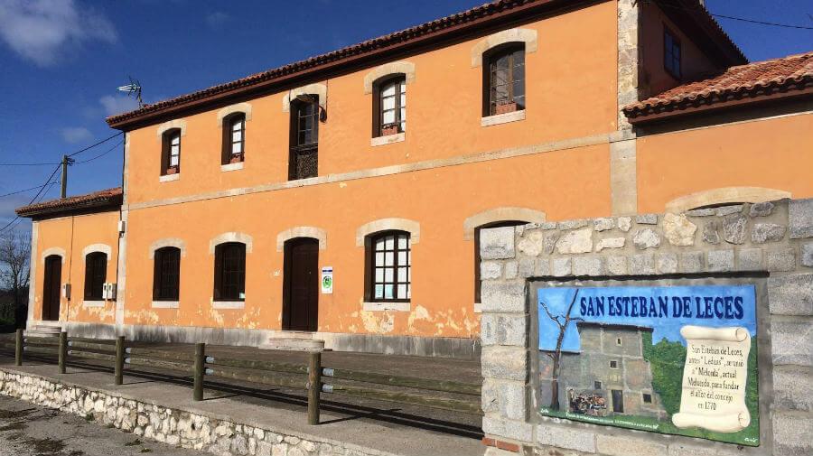 Un italiano se convierte en el peregrino número 30.000 del albergue de Ribadesella