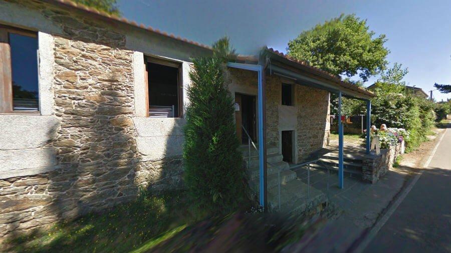 Albergue de peregrinos municipal Escuela de Ligonde, Lugo - Camino Francés :: Albergues del Camino de Santiago