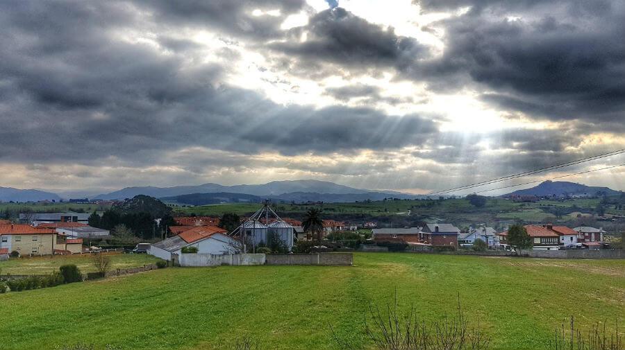 Vista de Hinojedo (Suances, Cantabria - Camino del Norte) :: Albergues del Camino de Santiago