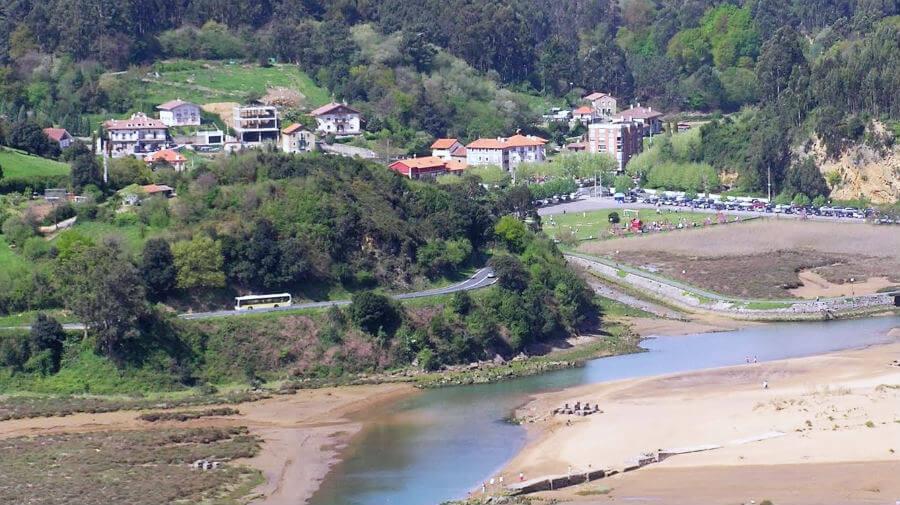 Vista de Pobeña, Muskiz (Vizcaya) - Camino del Norte :: Albergues del Camino de Santiago