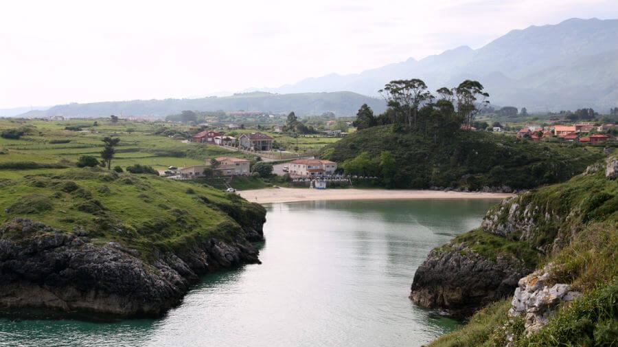 Poo de Llanes, Asturias - Camino del Norte :: Albergues del Camino de Santiago