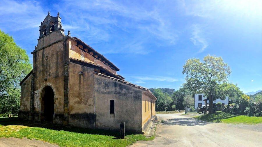 Iglesia de San Salvador de Priesca, Priesca (Villaviciosa - Asturias) - Camino del Norte :: Albergues del Camino de Santiago
