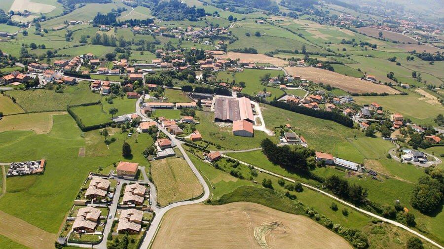 Vista de Queveda (Cantabria) - Camino del Norte :: Albergues del Camino de Santiago