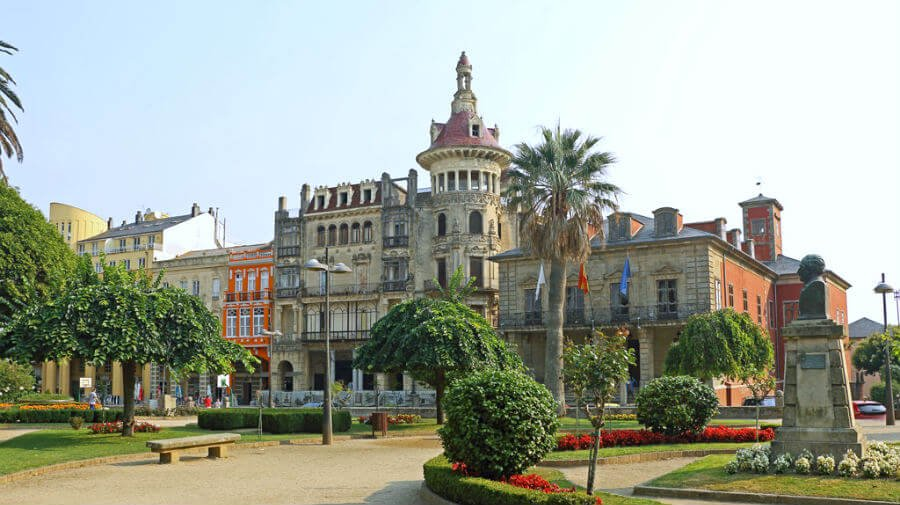 Ribadeo - Camino del Norte :: Albergues del Camino de Santiago