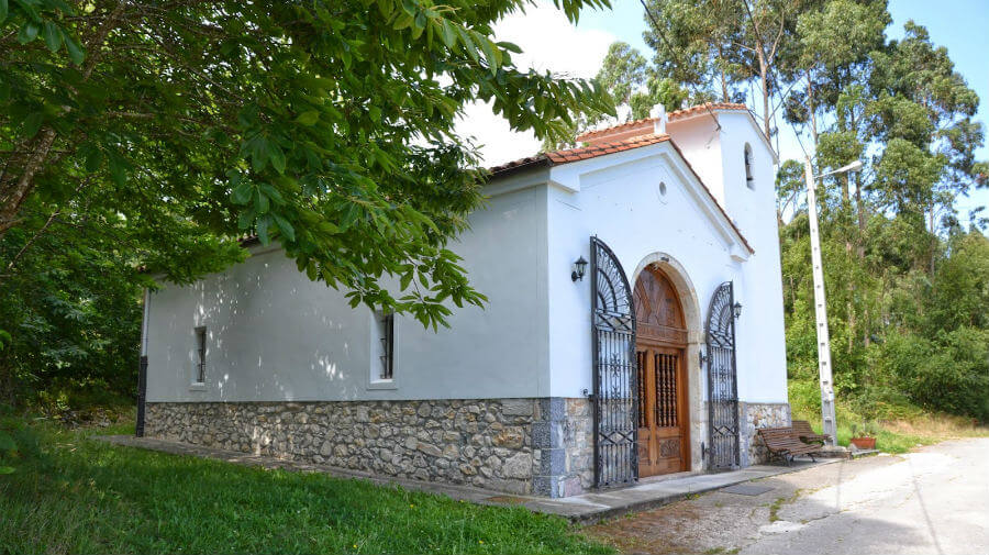 Capilla de San Antonio, Villahormes (Llanes - Asturias) - Camino del Norte :: Guía del Camino de Santiago