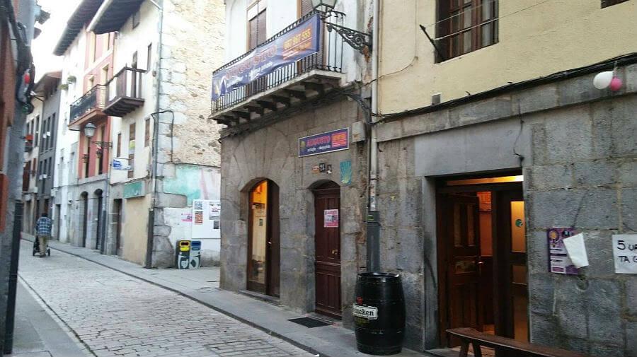 Albergue Augusto & Daughter, Markina, Vizcaya - Camino del Norte :: Albergues del Camino de Santiago