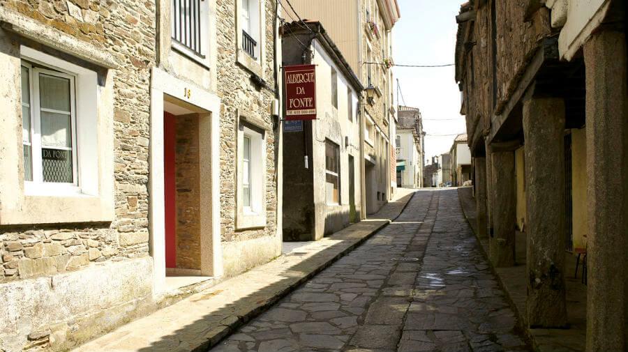 Albergue Da Fonte, Arzúa, La Coruña - Camino Francés :: Albergues del Camino de Santiago