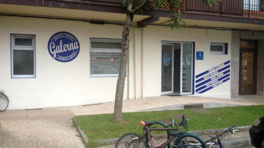 Albergue Galerna Zarautz Hostel, Zarauz, Guipúzcoa - Camino del Norte :: Albergues del Camino de Santiago