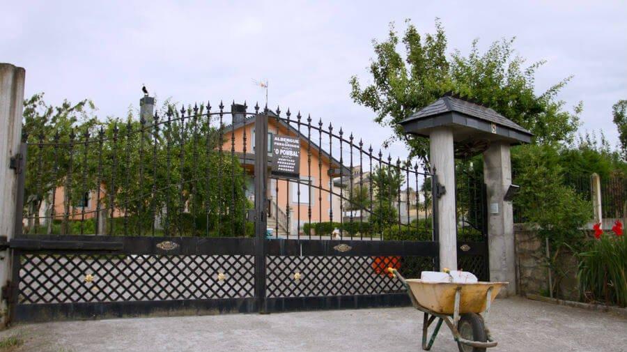 Albergue O Pombal, Barbadelo, Lugo - Camino Francés :: Albergues del Camino de Santiago