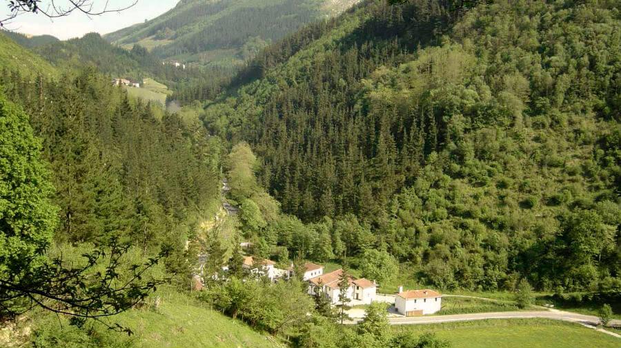 Lastur-Itziar, Guipúzcoa - Camino del Norte :: Albergues del Camino de Santiago