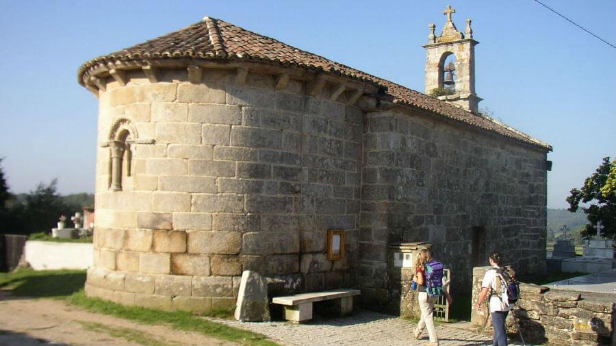 Iglesia de San Xulián do Camiño, Palas de Rei, Lugo, Camino Francés :: Albergues del Camino de Santiago