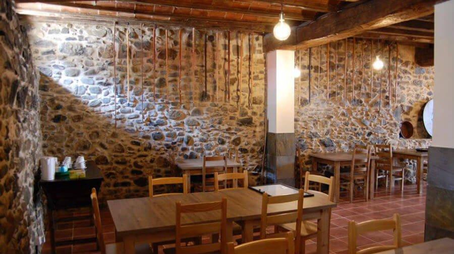 Albergue de peregrinos Compostela, Molinaseca, León - Camino Francés :: Albergues del Camino de Santiago