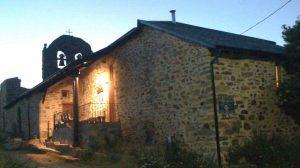 Albergue de peregrinos parroquial Domus Dei, Foncebadón, León - Camino Francés :: Albergues del Camino de Santiago