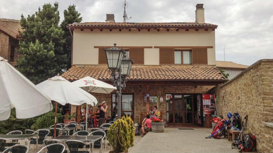 Albergue Camino del Perdón, Uterga, Navarra - Camino Francés :: Albergus del Camino de Santiago