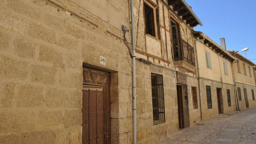 Albergue de peregrinos Casa Nostra, Castrojeriz, Burgos - Camino Francés :: Albergues del Camino de Santiago