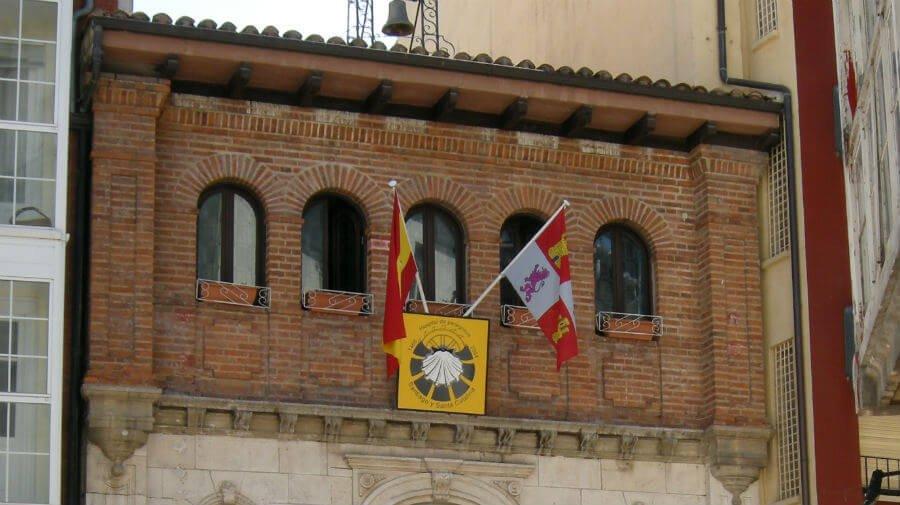 Albergue de peregrinos de Santiago y Santa Catalina, La Divina Pastora, Burgos - Camino Francés :: Albergues del Camino de Santiago