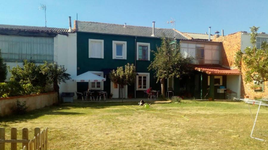 Albergue La Casa Verde, San Martín del Camino, León - Camino Francés :: Albergues del Camino de Santiago