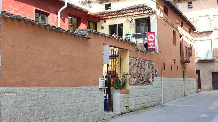 Albergue de peregrinos La Fuente, Casa de Austria, Los Arcos, Navarra - Camino Francés :: Albergues del Camino de Santiago