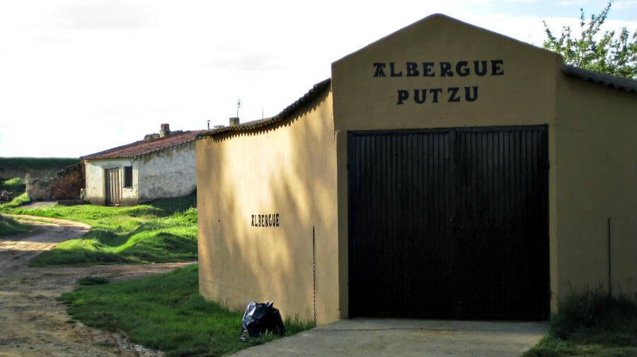 Albergue de peregrinos Putzu, Boadilla del Camino, Palencia - Camino Francés :: albergues del Camino de Santiago