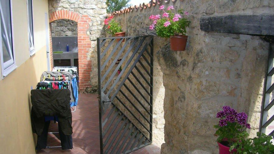 Albergue de peregrinos municipal de Hornillos del Camino, Burgos - Camino Francés :: Albergues del Camino de Santiago