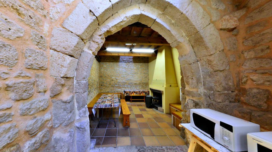 Albergue de peregrinos municipal San Juan, Hontanas, Burgos - Camino Francés :: Albergues del Camino de Santiago