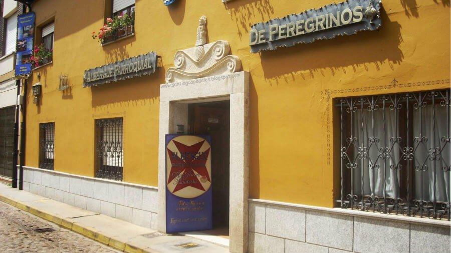 Albergue de peregrinos parroquial Karl Leisner, Hospital de Órbigo, León - Camino Francés :: Albergues del Camino de Santiago