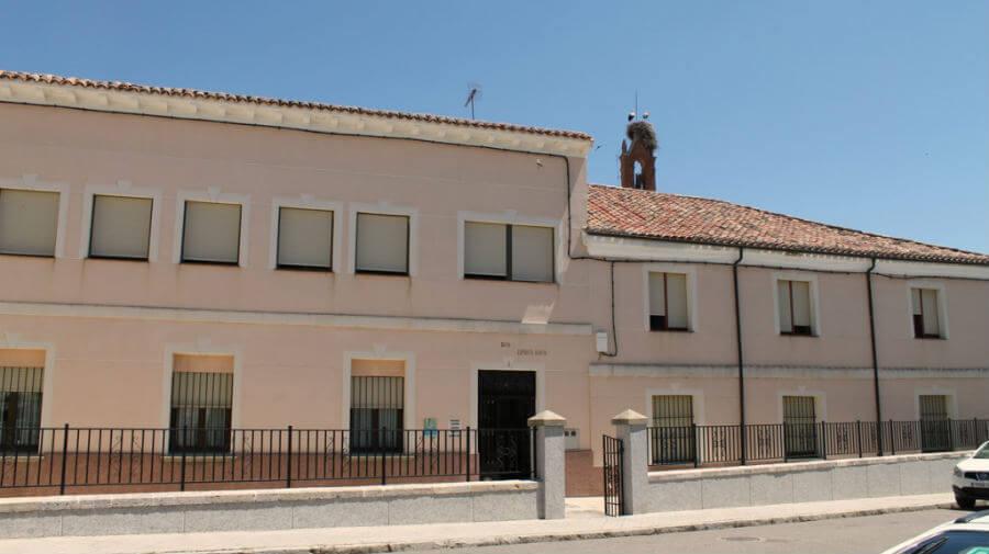 Albergue de peregrinos del Colegio del Espíritu Santo, Carrión de los Condes, Palencia - Camino Francés :: Albergues del Camino de Santiago