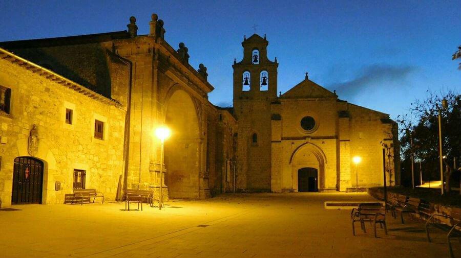 Monasterio de San Juan de Ortega, Burgos (Etapa de San Juan de Ortega a Burgos) :: Albergues del Camino de Santiago