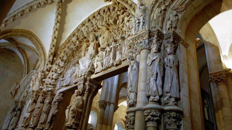 Pórtico de la Gloria de la Catedral de Santiago de Compostela (Foto: Turismo de Santiago) :: Guía del Camino de Santiago