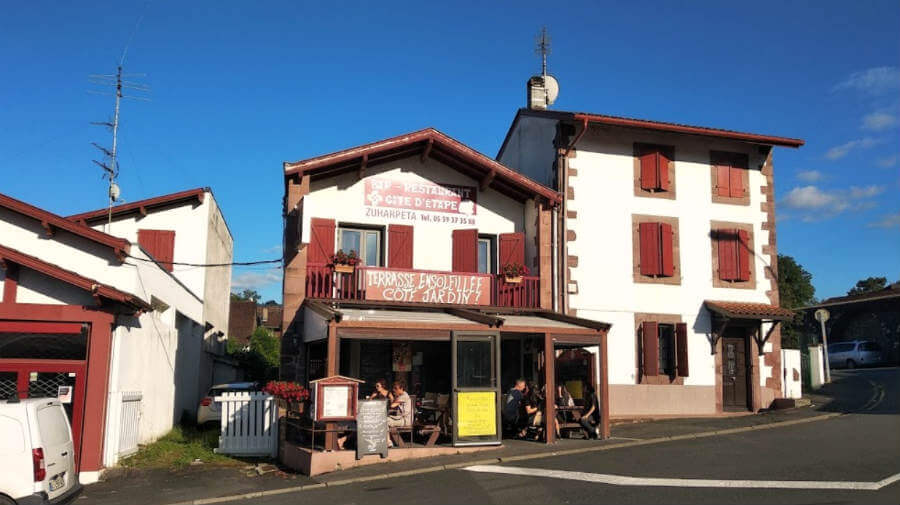 Albergue g te zuharpeta saint jean pied de port albergues camino santiago - Hostel st jean pied de port ...