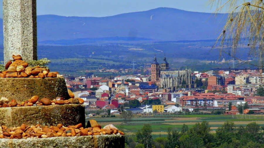 Astorga, León, Camino Francés (Etapa de Villadangos del Páramo a Astorga):: Guía del Camino de Santiago