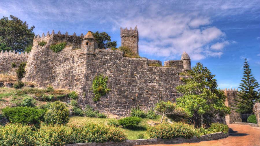 Castillo de Montereal, Baiona, Pontevedra - Camino Portugués por la Costa :: Albergues del Camino de Santiago