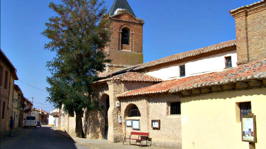 El Burgo Ranero, León, Camino Francés :: Guía del Camino de Santiago