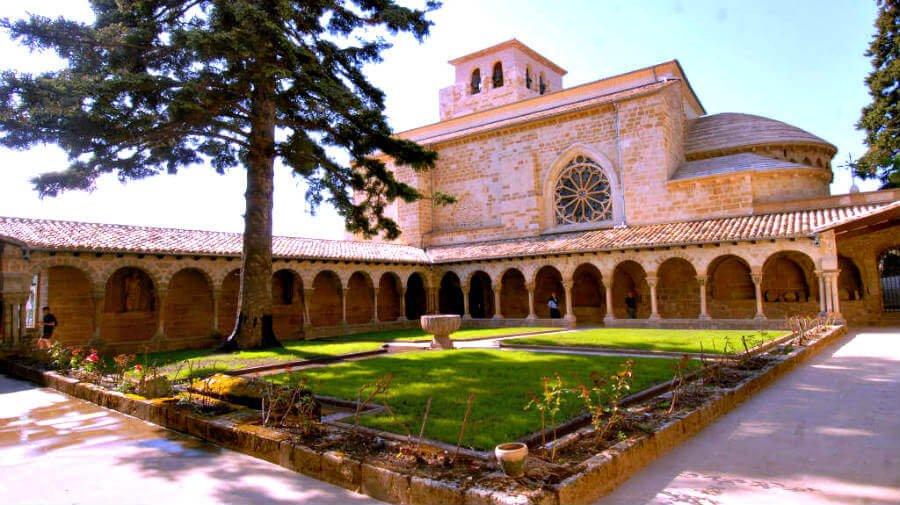 Iglesia de San Pedro de la Rúa, Estella, Navarra - Camino Francés :: Guía del Camino de Santiago