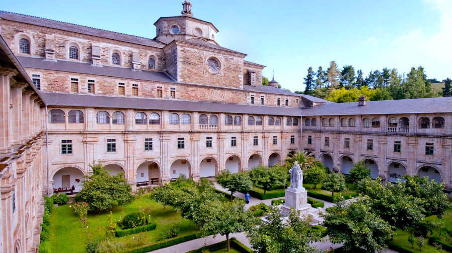 Monasterio de Samos, Lugo, Camino Francés :: Albergues del Camino de Santiago