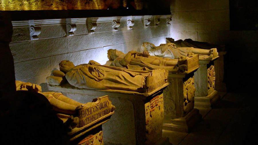 Panteón de los reyes de Navarra, Nájera, La Rioja, Camino Francés :: Albergues del Camino de Santiago