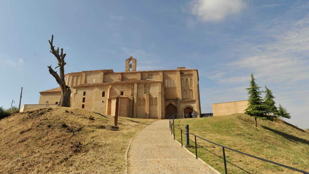 Iglesia de la Peregrina, Sahagún, León, Camino Francés :: Albergues del Camino de Santiago