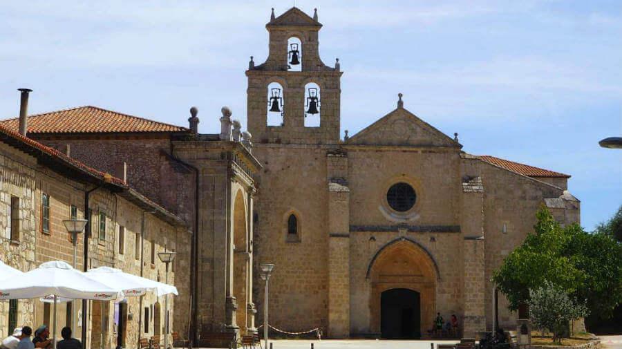 Monasterio de San Juan de Ortega, Burgos, Camino Francés :: Albergues del Camino de Santiago