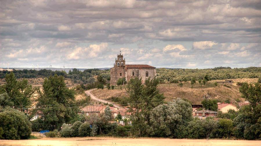 Santovenia de Oca, Burgos - Camino Francés :: Albergues del Camino de Santiago