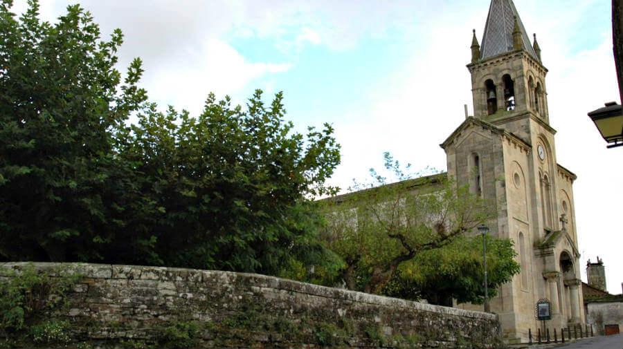 Iglesia de Santa Mariña, Sarria, Lugo, Camino Francés :: Albergues del Camino de Santiago