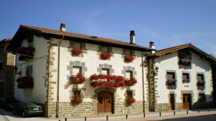 Zubiri, Navarra, Camino Francés :: Albergues del Camino de Santiago