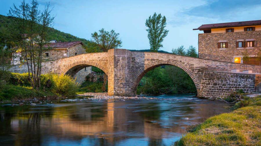 Puente de la Rabia, Zubiri, Navarra - Camino Francés (Etapa de Roncesvalles a Zubiri) :: Guía del Camino de Santiago