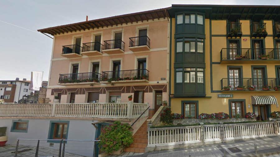 Albergue Hostel Txalupa, Guetaria, Guipúzcoa - Camino del Norte :: Albergues del Camino de Santiago