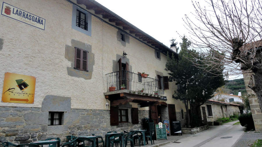 Larrasoaña, Navarra, Camino Francés :: Guía del Camino de Santiago