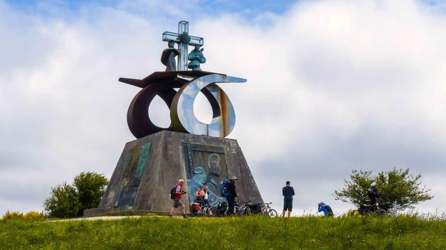 Monte do Gozo, La Coruña, Camino Francés :: Guía del Camino de Santiago