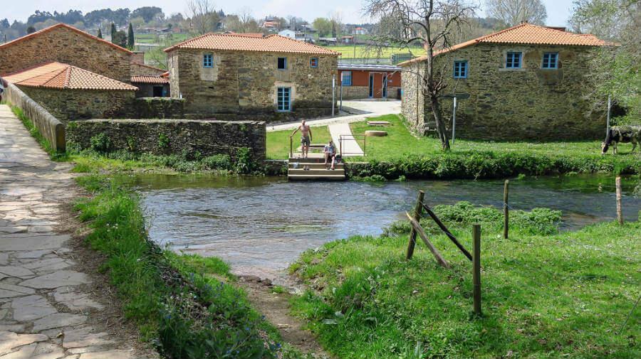 Ribadiso da Baixo, La Coruña, Camino Francés :: Albergues del Camino de Santiago