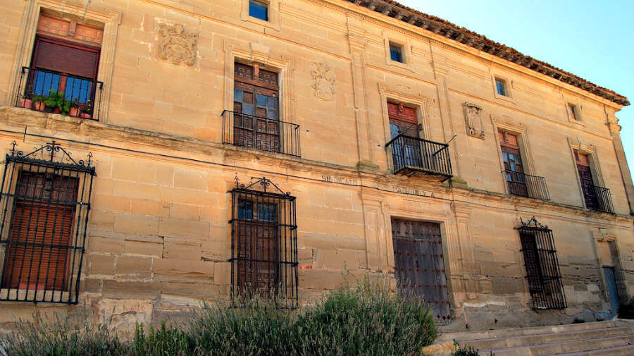 Palacio del Sindicato, Sansol, Navarra - Camino Francés :: Guía del Camino de Santiago