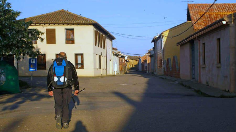 Bercianos del Real Camino, León - Camino Francés (Etapa de Sahagún a El Burgo Ranero) :: Albergues del Camino de Santiago