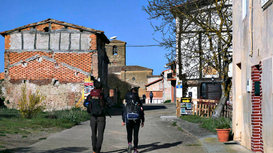 Castildelgado, Burgos (Etapa de Santo Domingo de la Calzada a Belorado) :: Albergues del Camino de Santiago